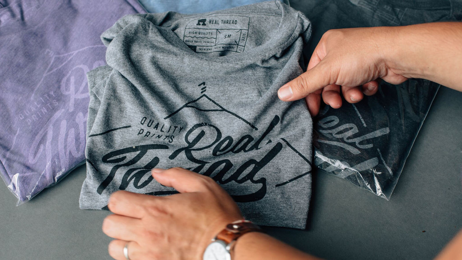 """Is It Really Worth It To Pay More For A """"Retail Quality"""" T-shirt?"""