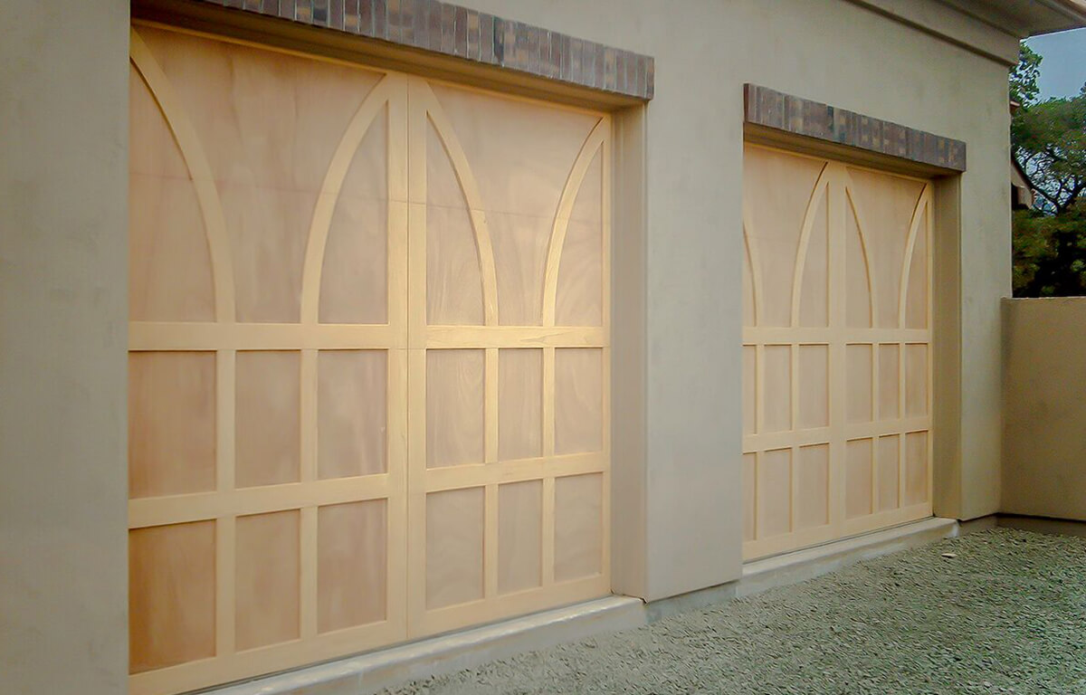 Custom Wood RW Garage Doors