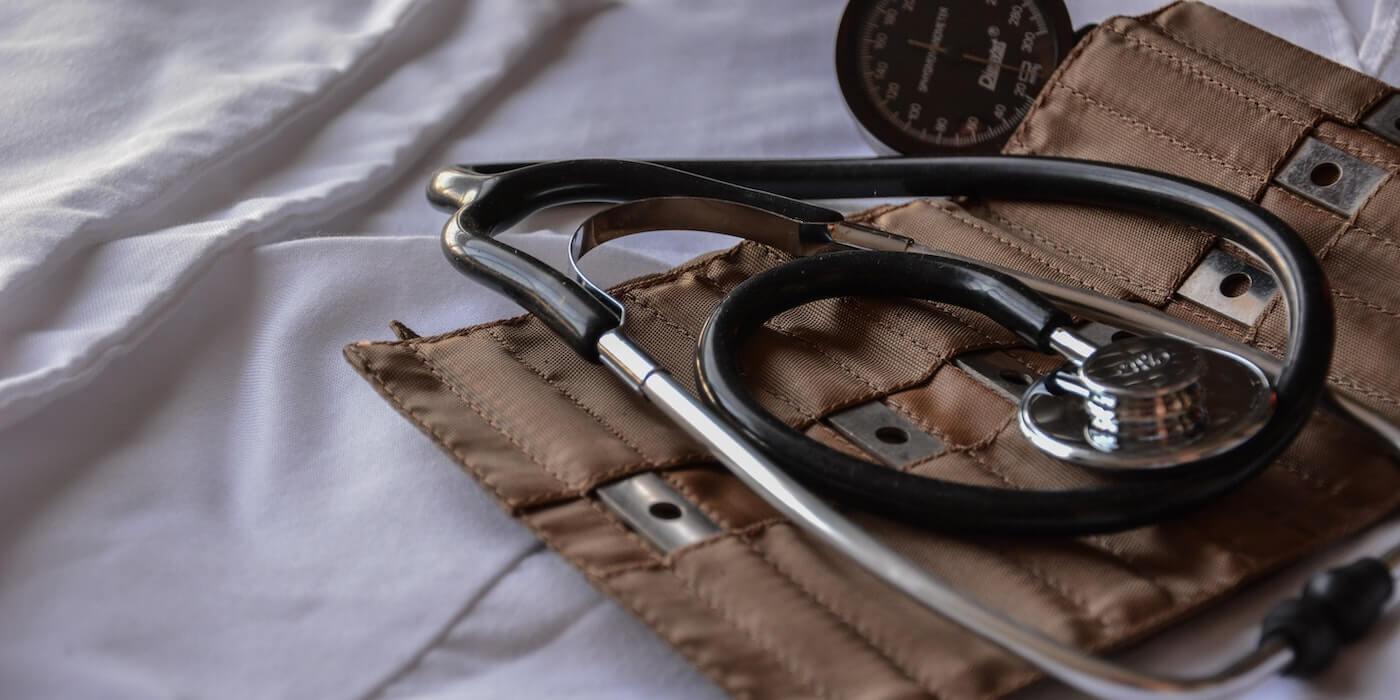 Stethoskop | Marcelo Leal - Unsplash