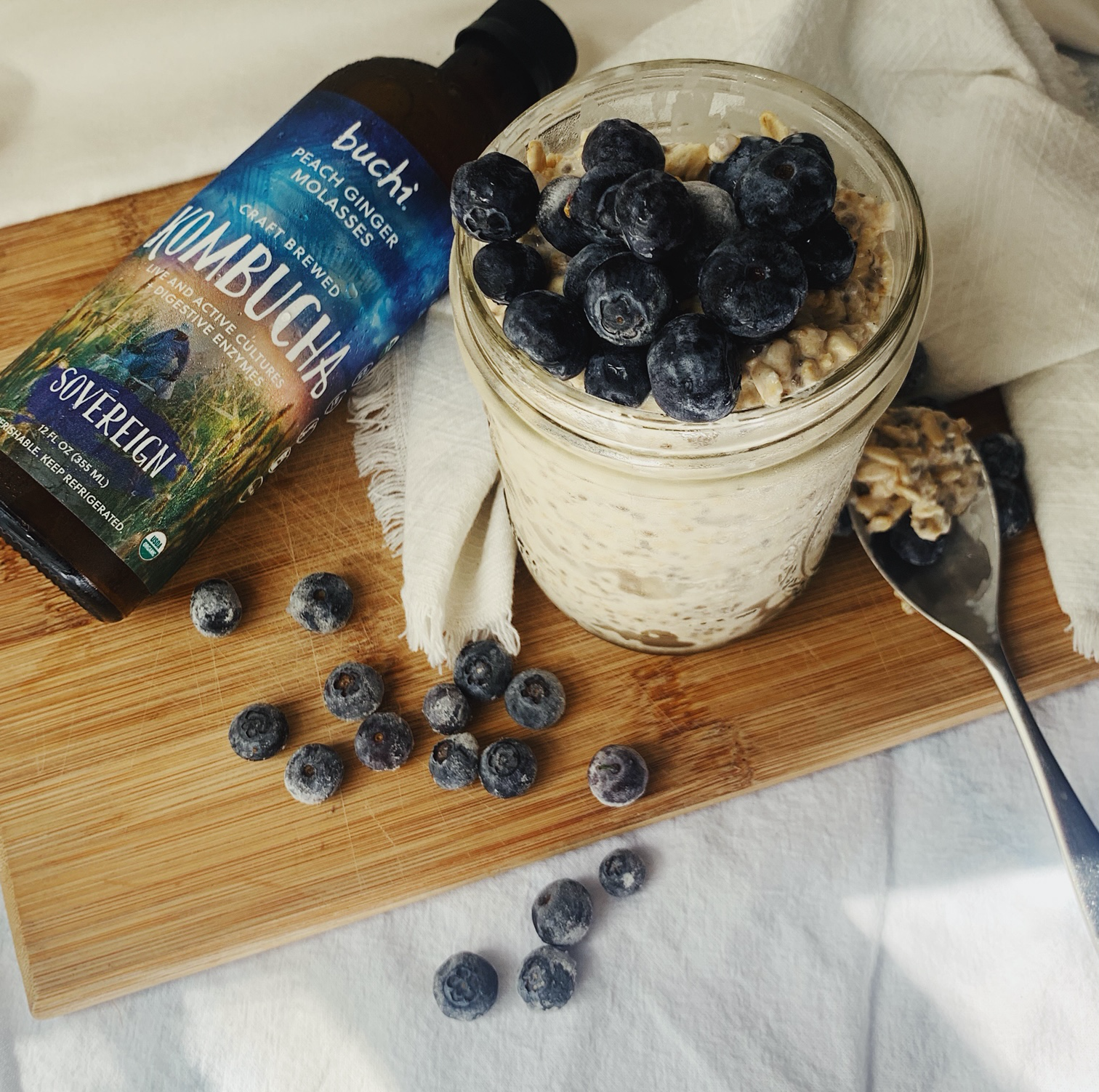 Easy Overnight Oats with Kombucha