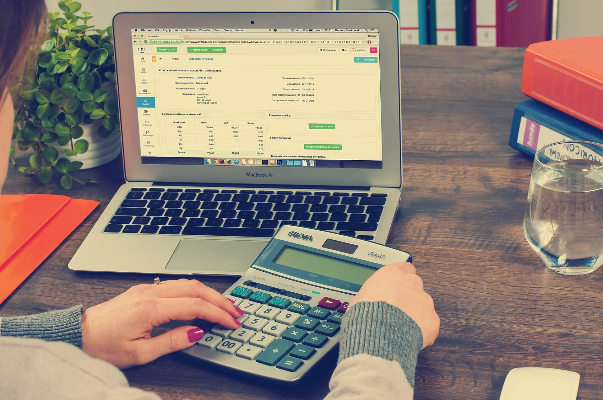 How Much Does A Bookkeeper Cost For Self-Employed Workers?