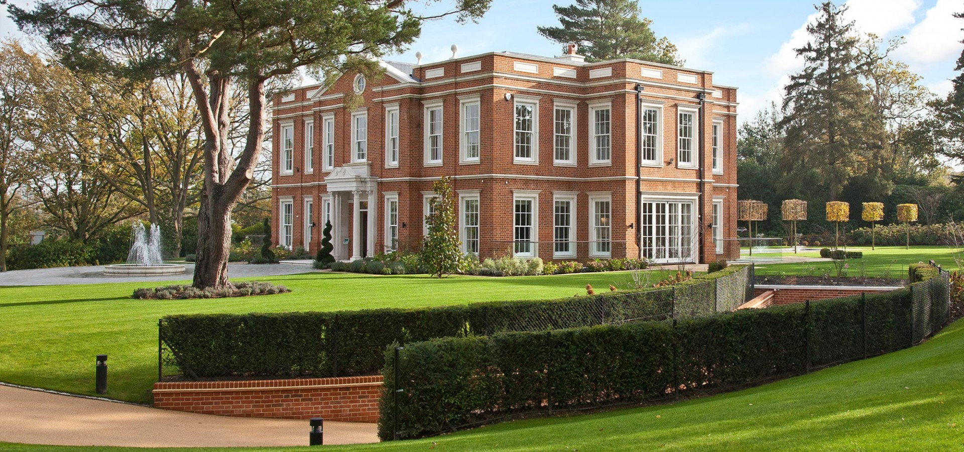 crossacres-wentworth-estate-our-work-private-clients-ascot-design-view1.jpg