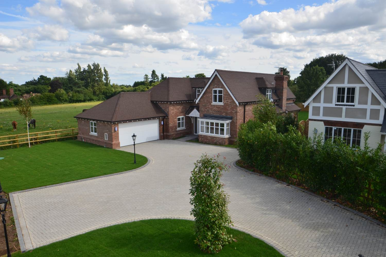 bellwood-homes-berkshire-our-work-developers-ascot-design-view3.jpg
