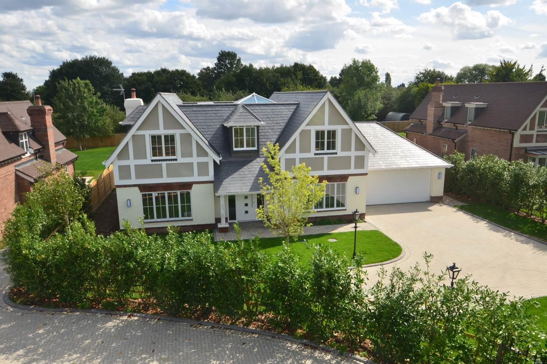 bellwood-homes-berkshire-our-work-developers-ascot-design-view4.jpg