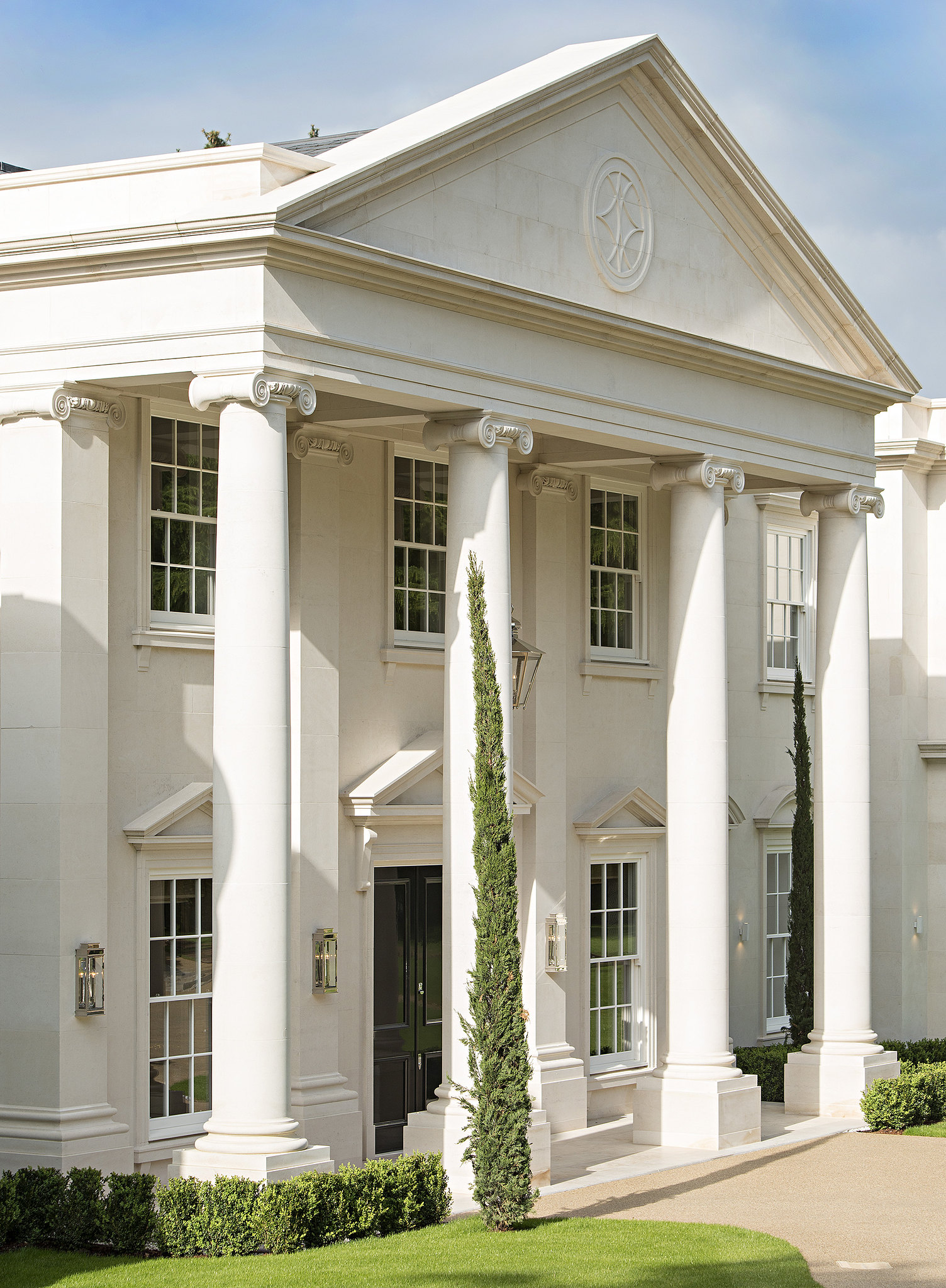 dawn-hill-wentworth-estate-our-work-private-clients-ascot-design-view2.jpg