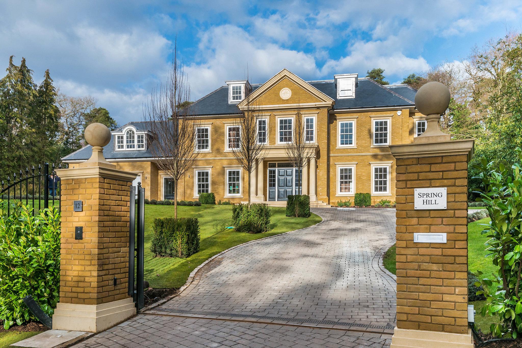 spring-hill-farnham-our-work-private-clients-ascot-design-view1.jpg