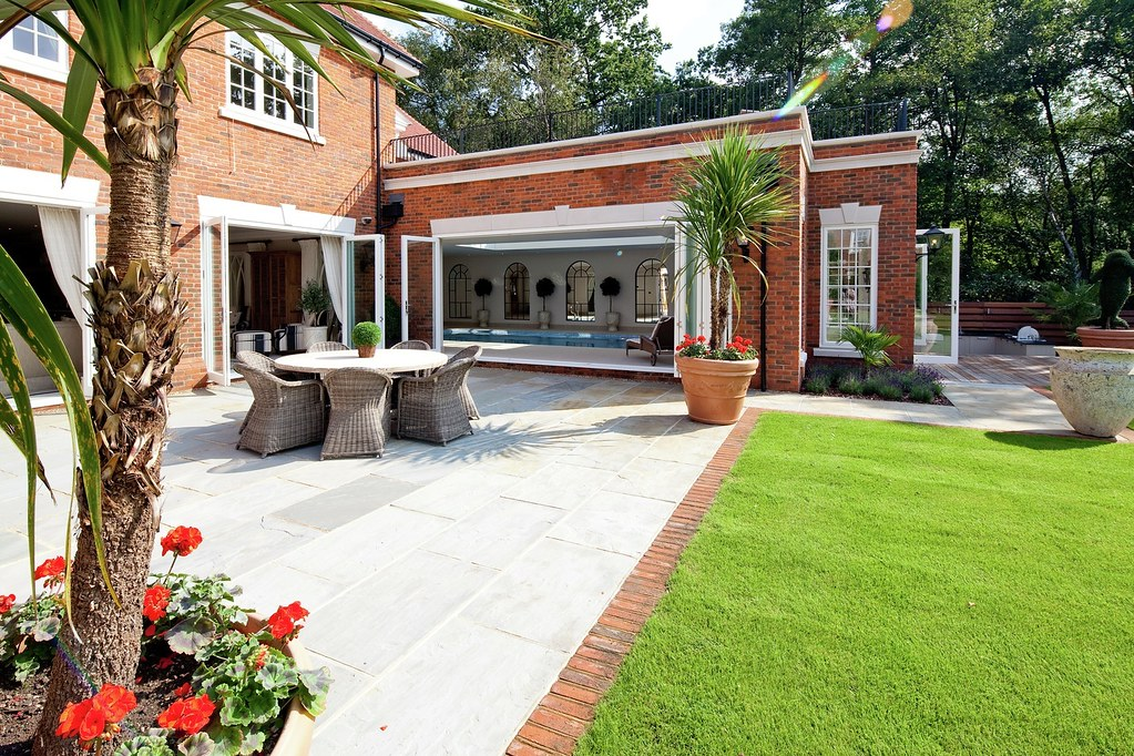 september-house-wentworth-estate-our-work-private-clients-ascot-design-view3.jpg
