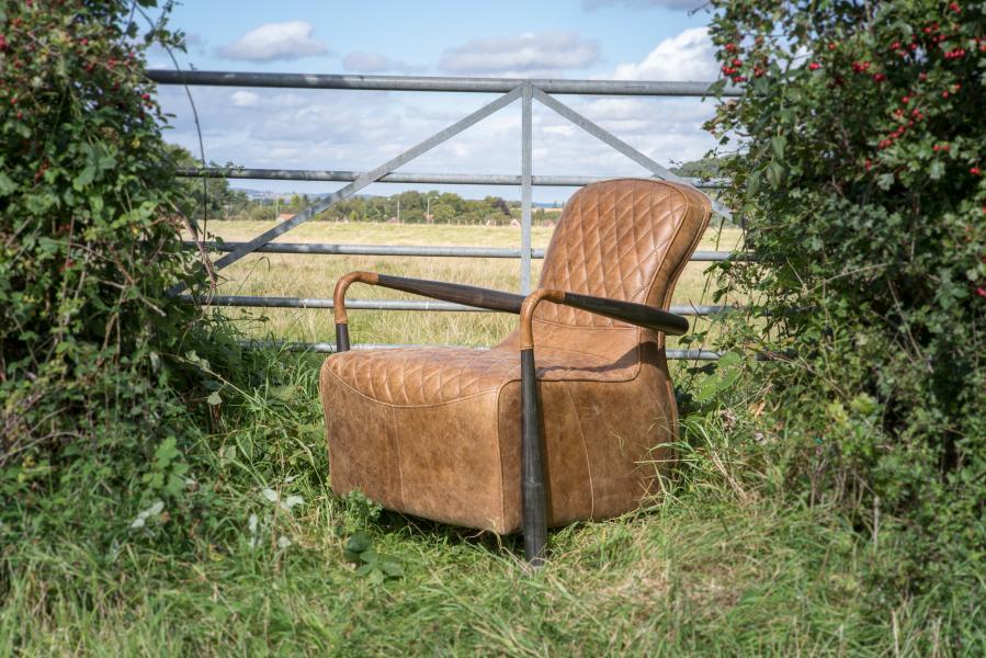 VINTAGE Liberty Snug Chair (Gunmetal frame Brown Aniline Leather cover)