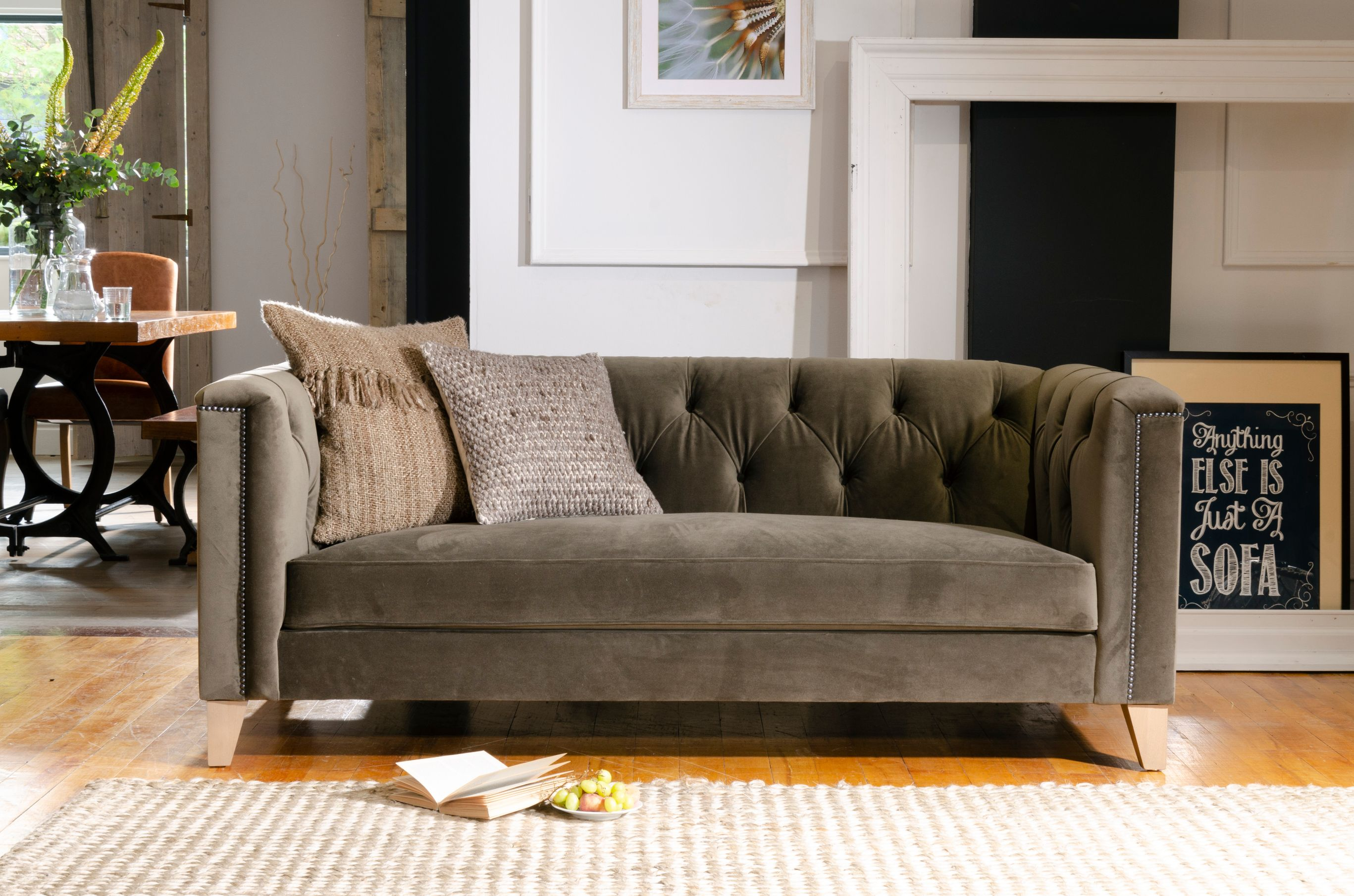 TETRAD - Buxar Midi Buttoned Sofa
