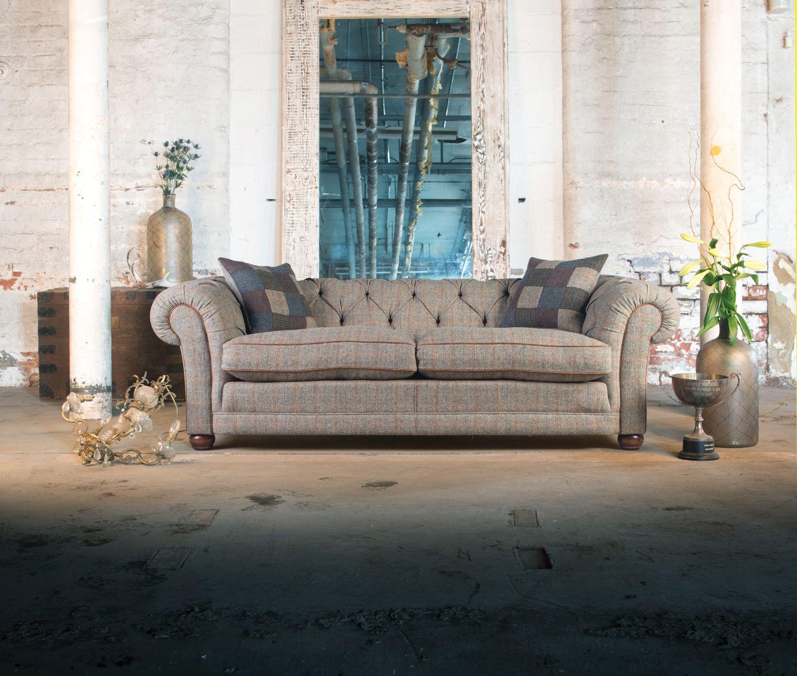 TETRAD - Castlebay Petit Sofa