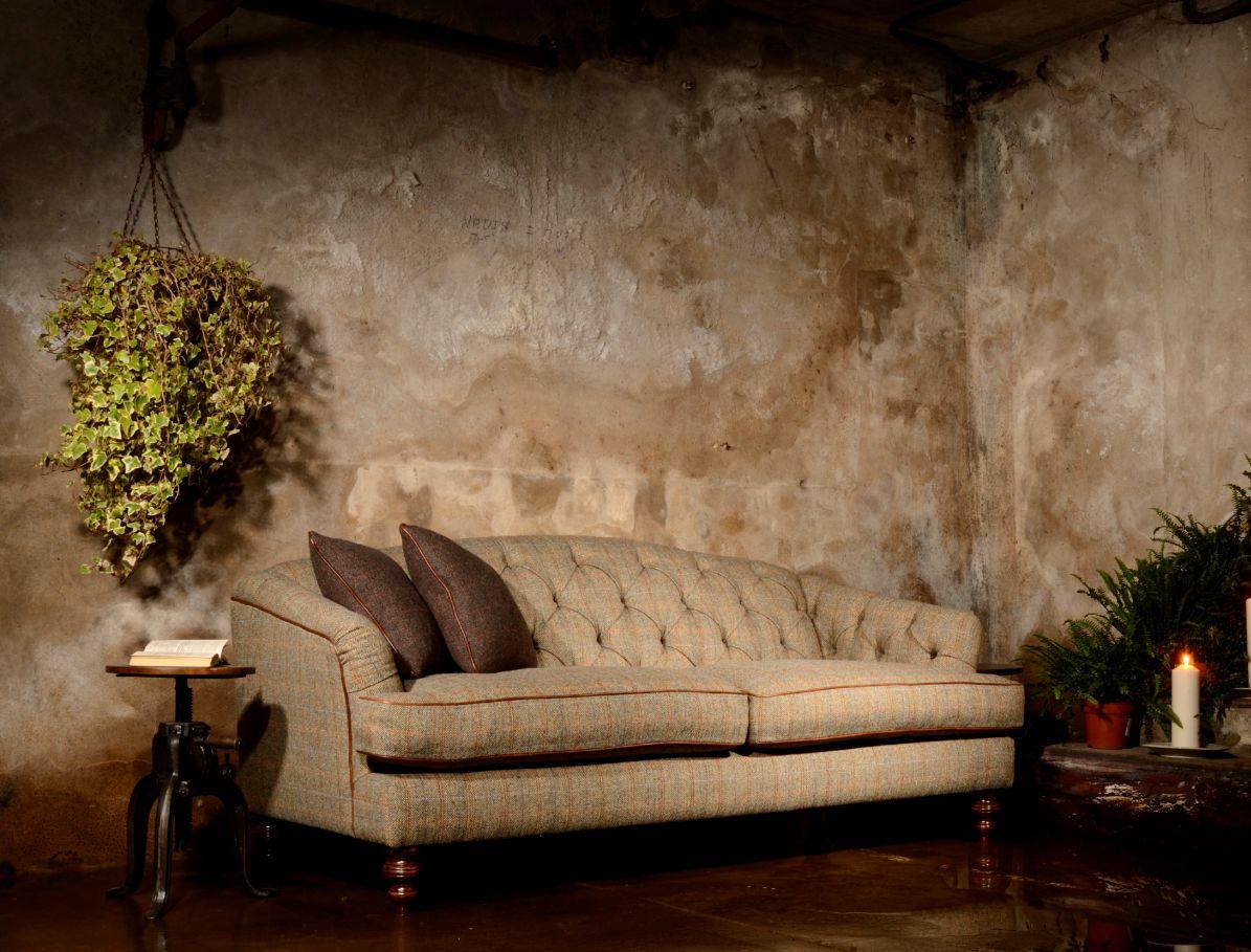 TETRAD - Dalmore Petit Sofa