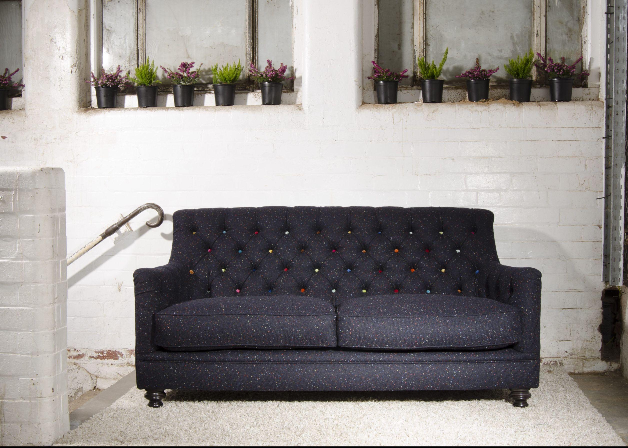 TETRAD HERITAGE - Glencoe Petit Sofa