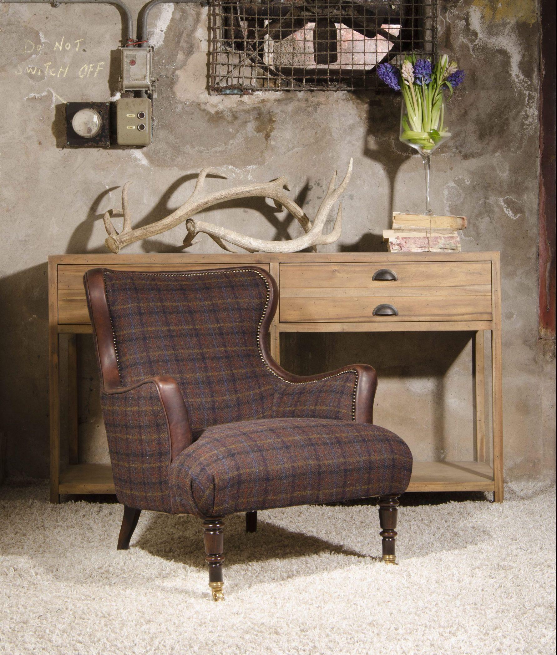 TETRAD - Nairn Chair
