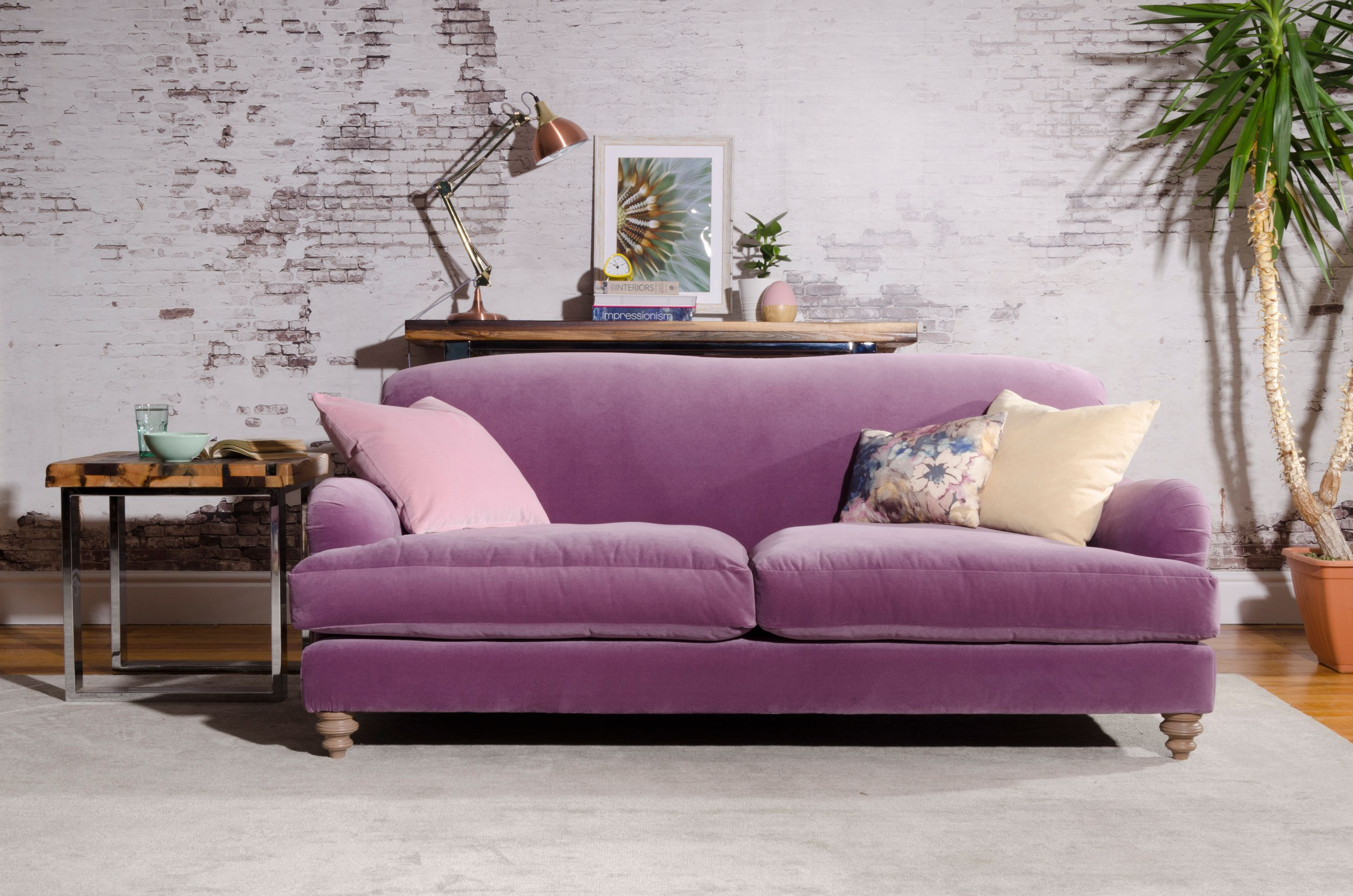 TETRAD FF COLLECTION - Ruffle Petit Sofa