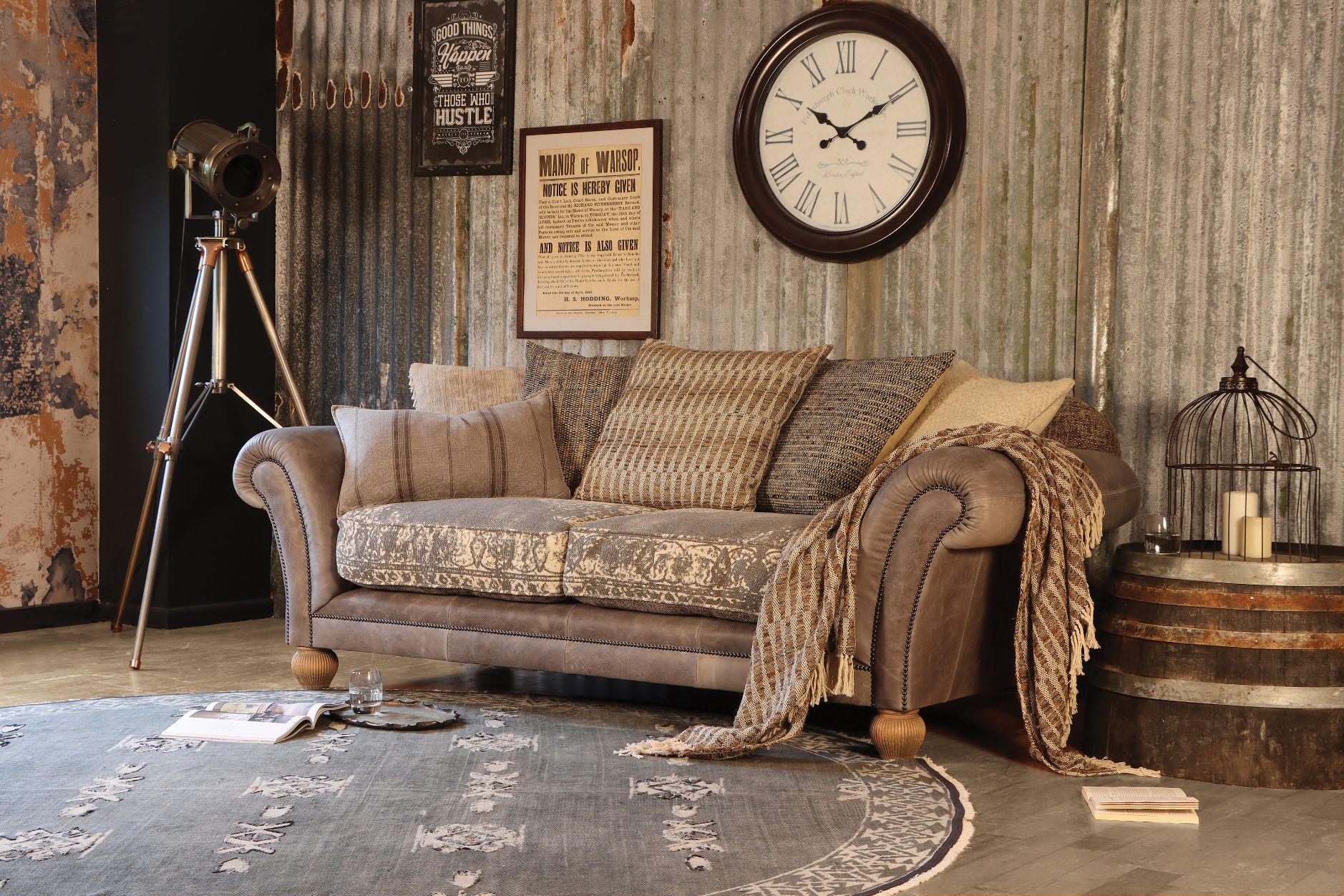 TETRAD HERITAGE - Montana Midi Sofa