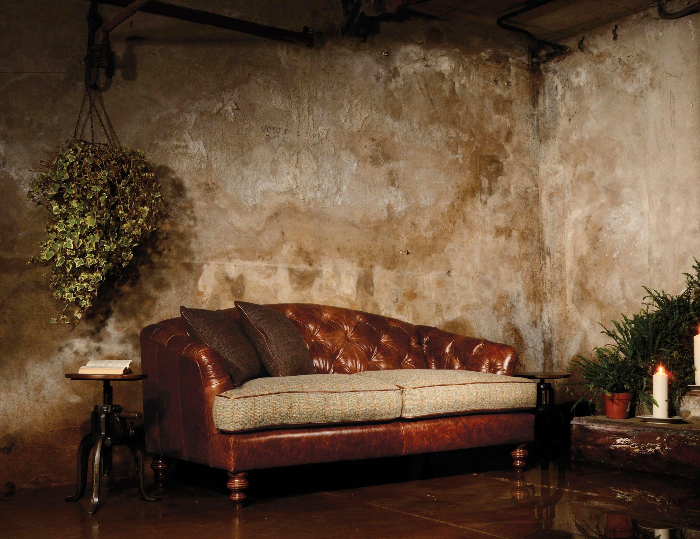 TETRAD HERITAGE - Dalmore Petit Sofa