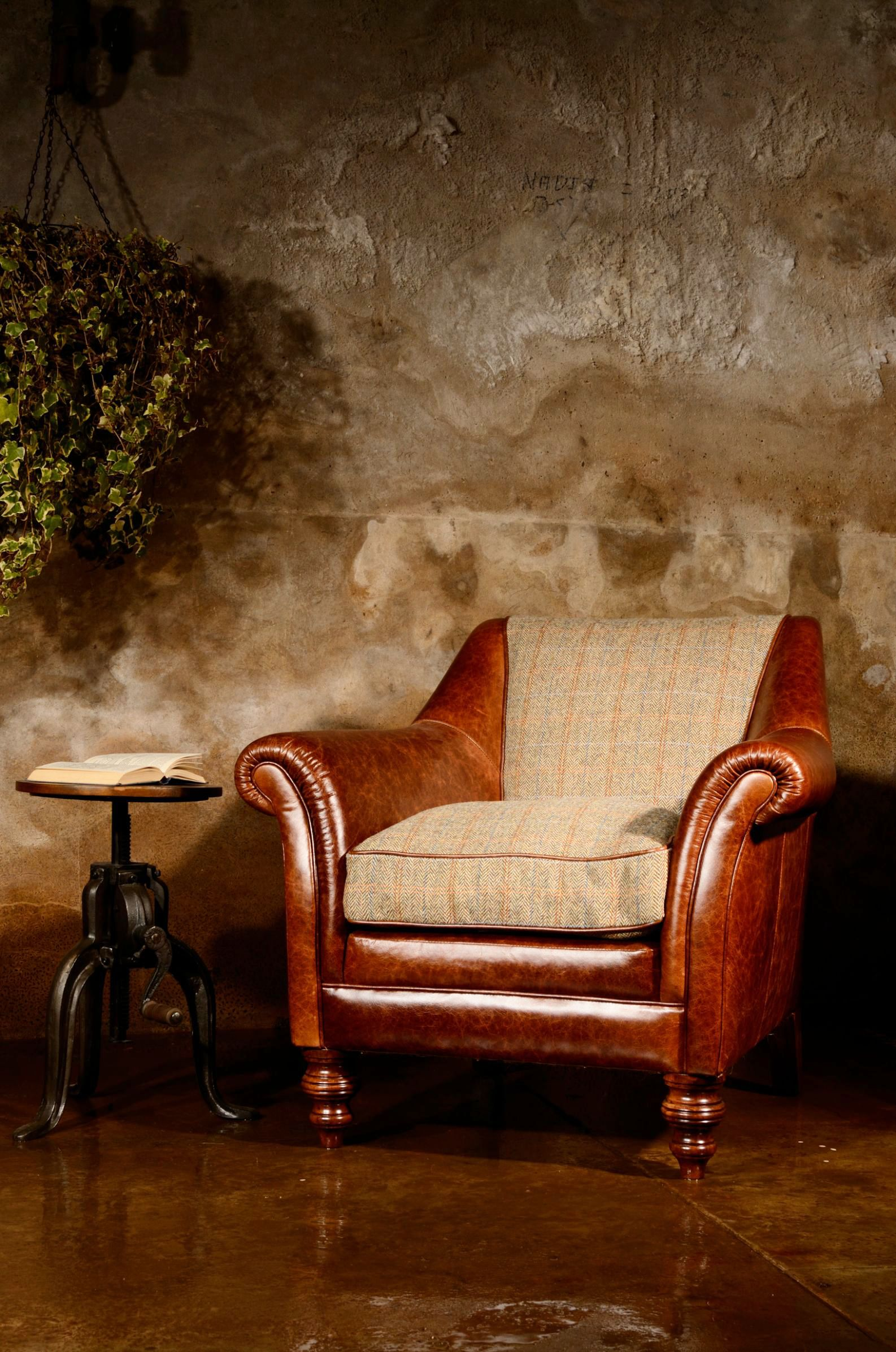 TETRAD HERITAGE - Dalmore Accent Chair