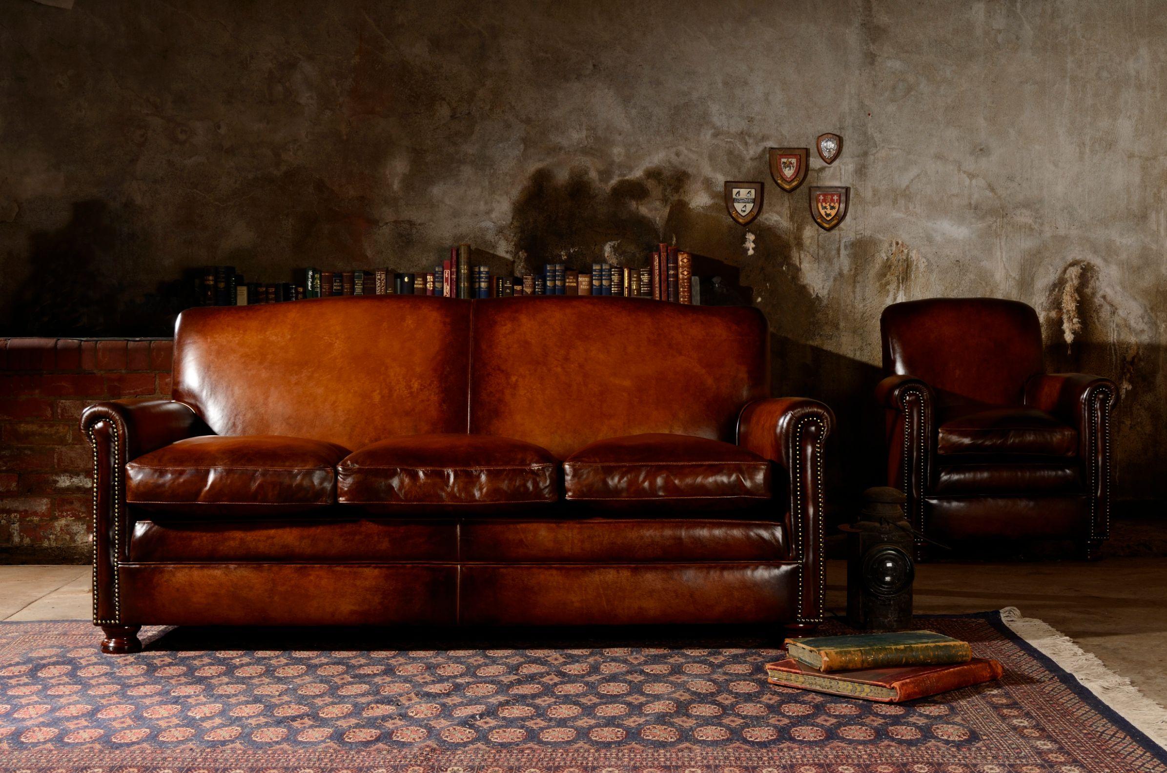 TETRAD HERITAGE - Prince Large Sofa