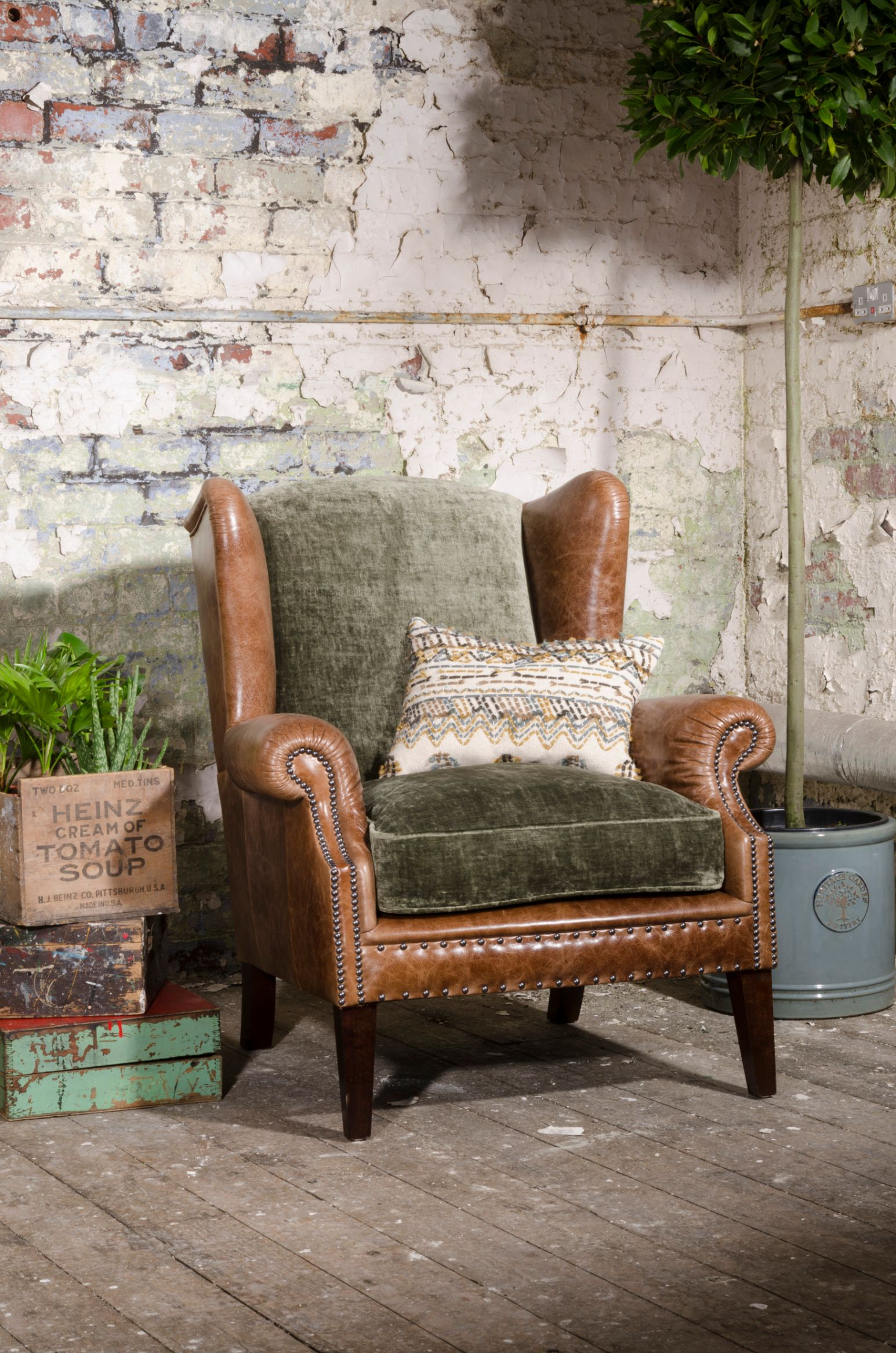 TETRAD HERITAGE - Constable Wing Chair