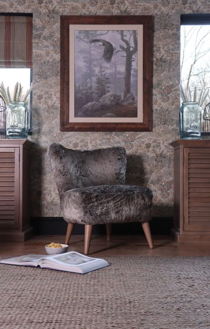 TETRAD - Fairy Fur Chair