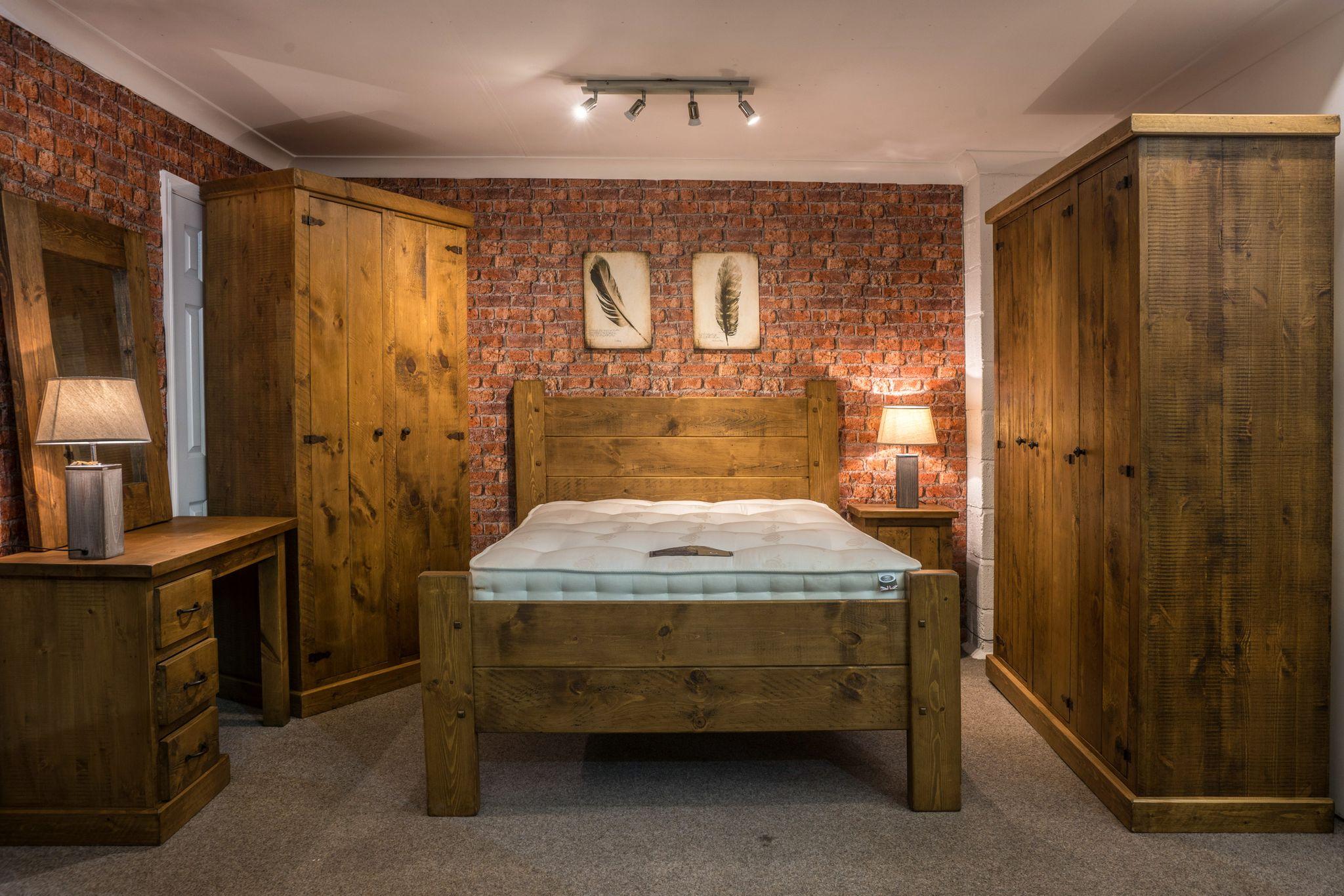 Alexander Ellis - Rustic Plank Bedroom