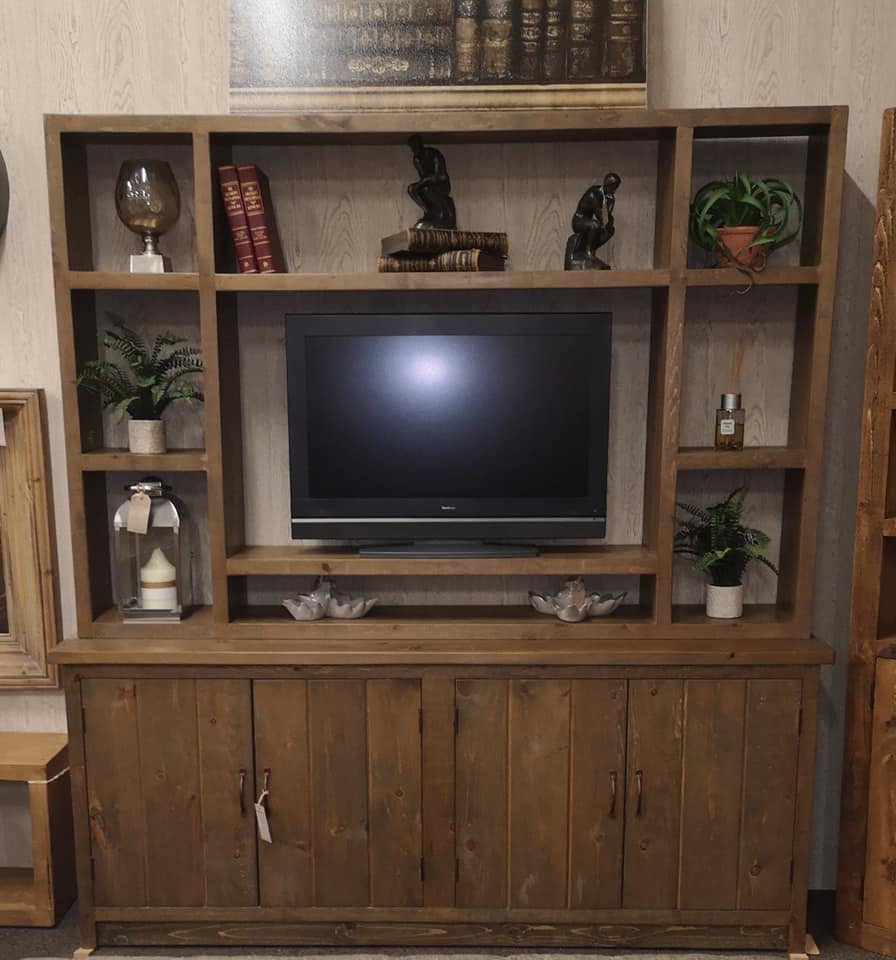 RUSTIC Entertainment Unit 4 Door Base with Open Back Top