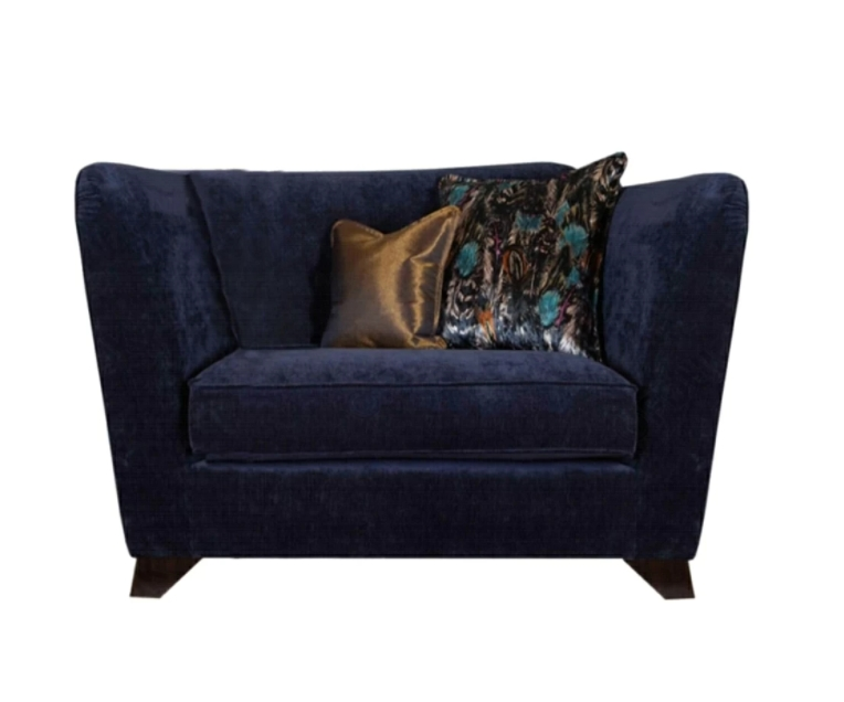 The Royal Love Chair