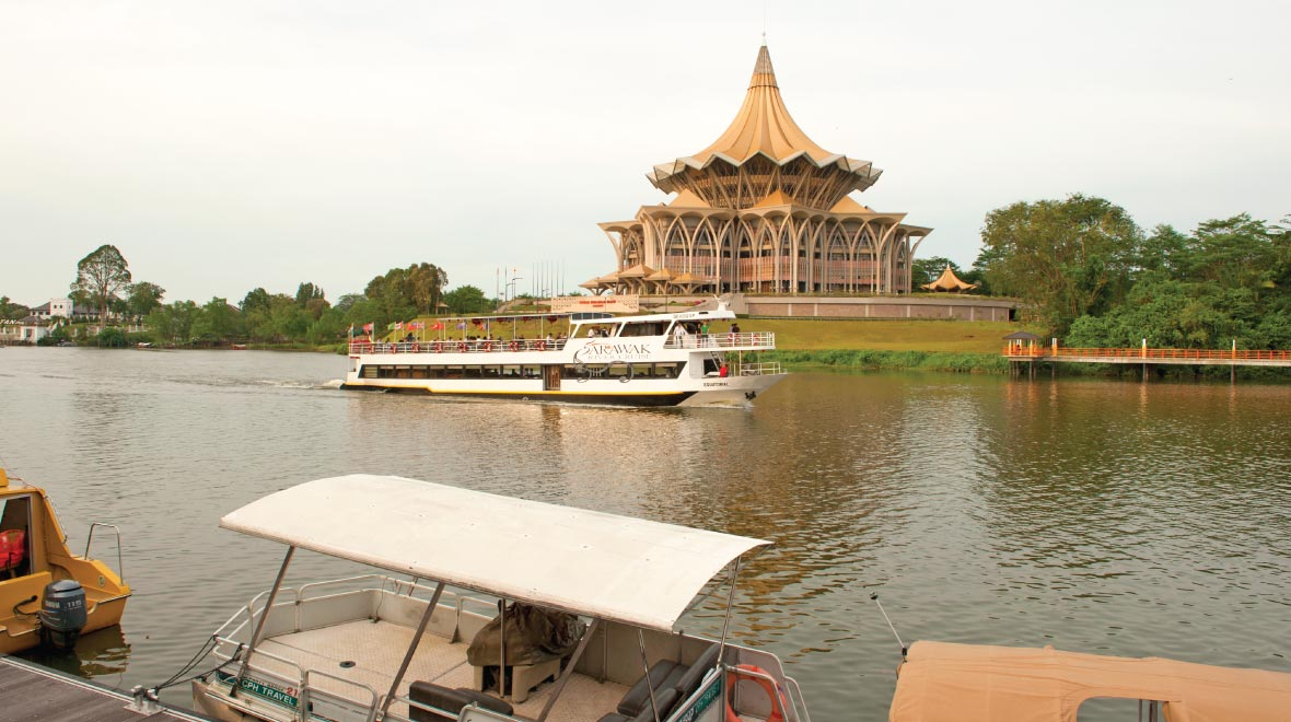 Kuching River Cruise