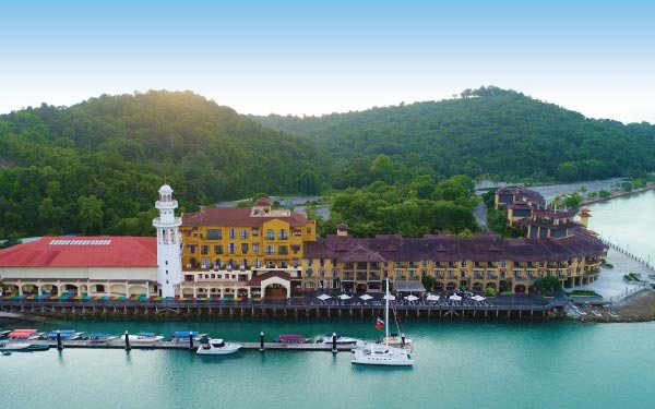 Resorts World Langkawi + Sunset Dinner Cruise