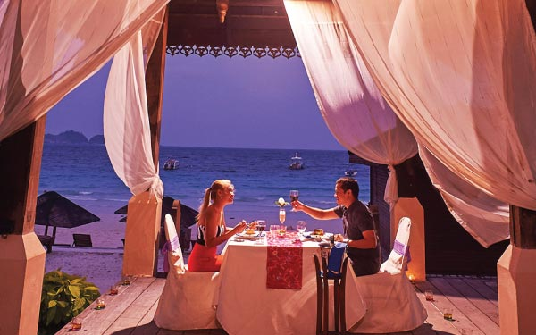Redang Honeymoon Package @ Laguna Redang Island Resort