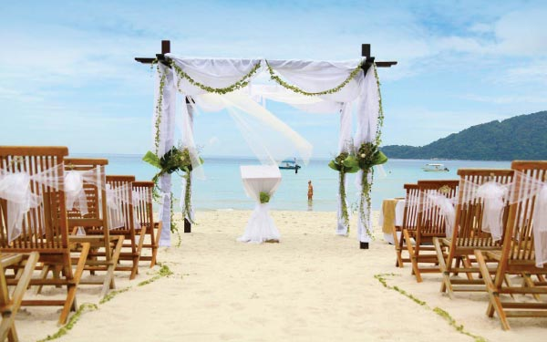 Perhentian Island Honeymoon Package @ Bubu Villa