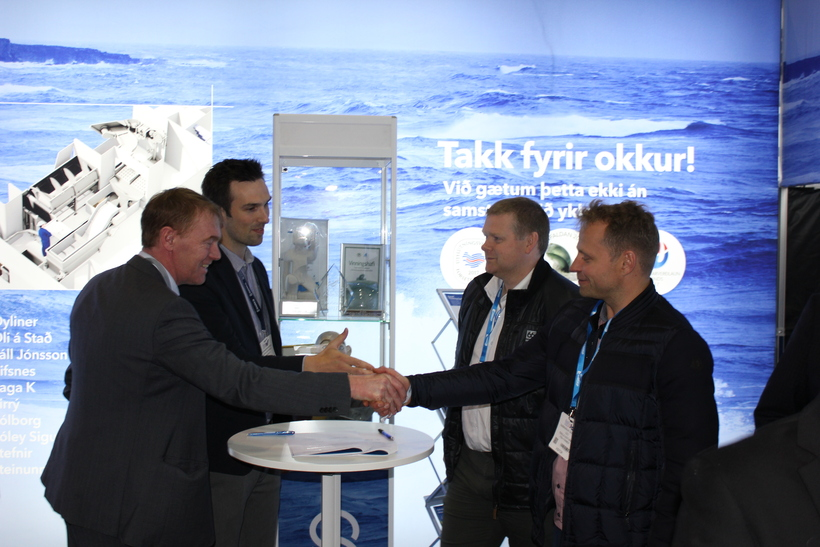 Búlandstindur slaughterhouse signed a contract for Sub-Chilling™ system at the Icelandic Fisheries Exhibition with Skaginn 3X this year.