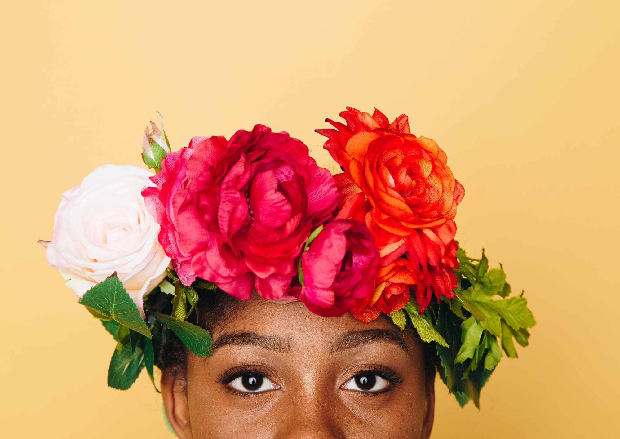 Young woman wearing a flower crown