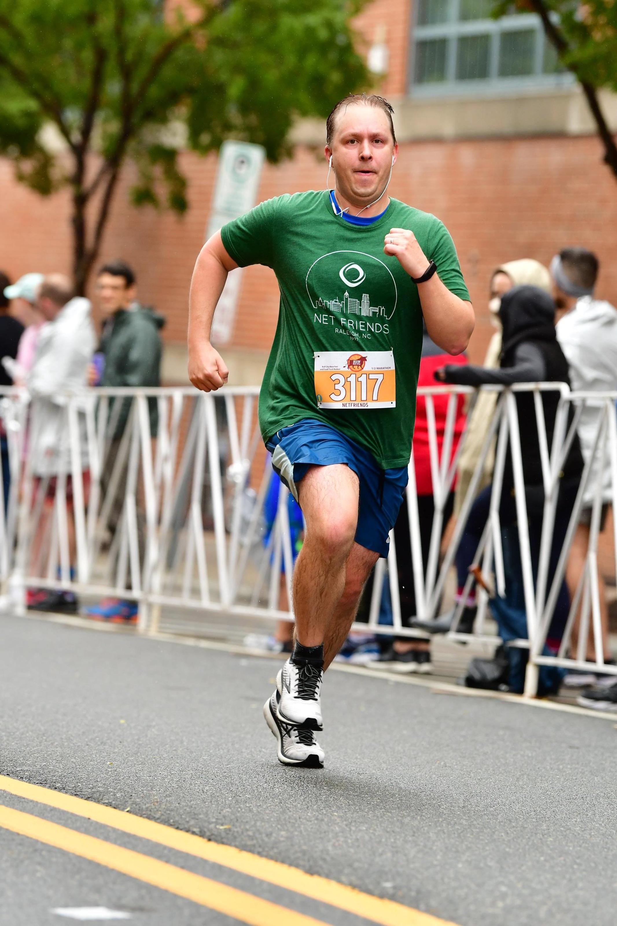 John Snyder, Net Friends CEO running a race