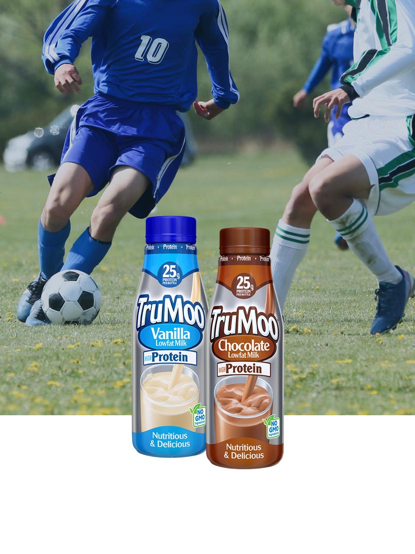 high protein bottles with soccer players