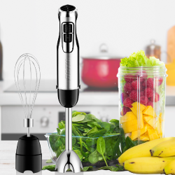 BSTY Hand blender making smoothies