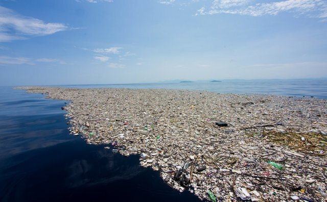 TRASH ISLAND! in the pacific