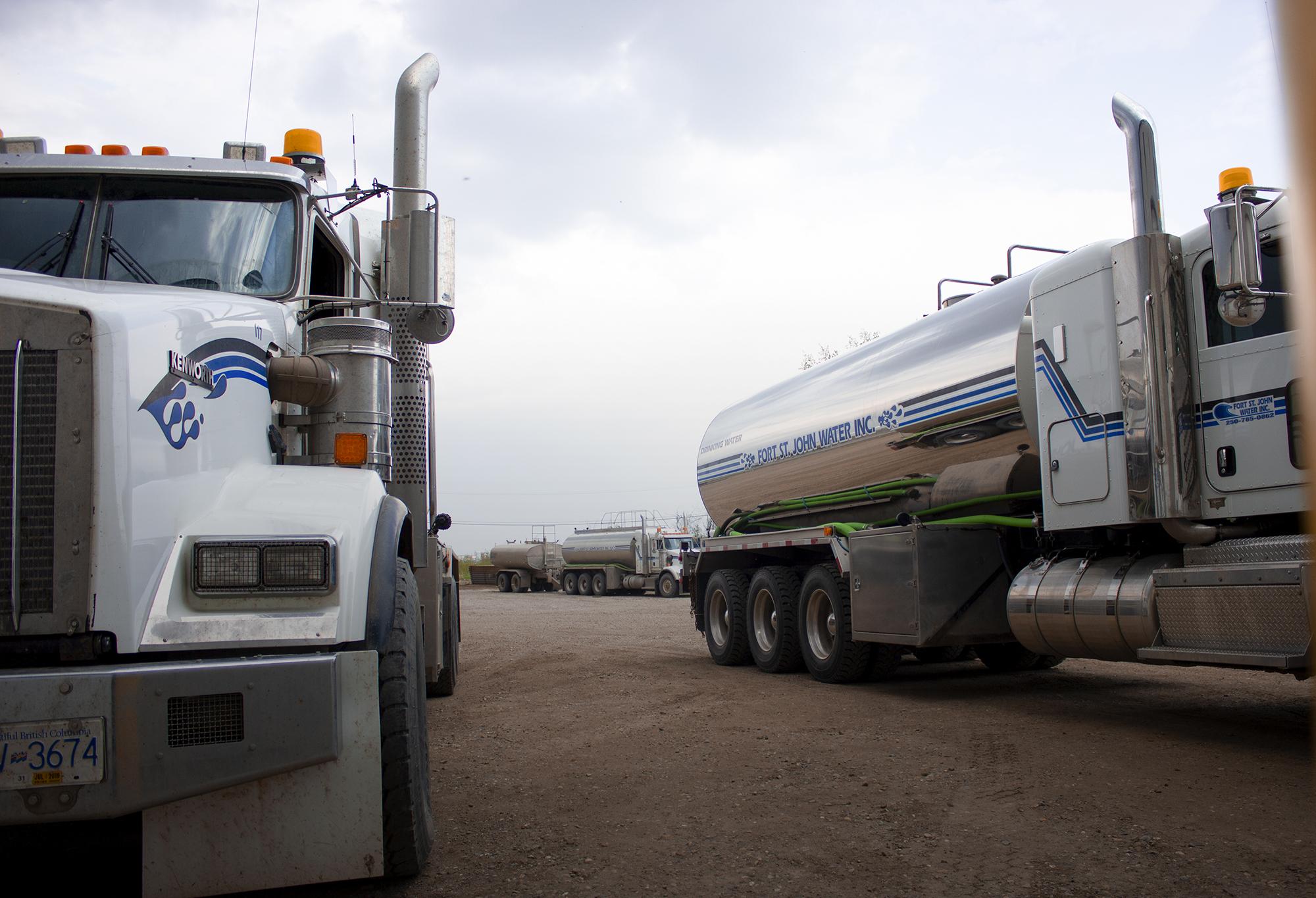 Industrial water hauling, water trucks