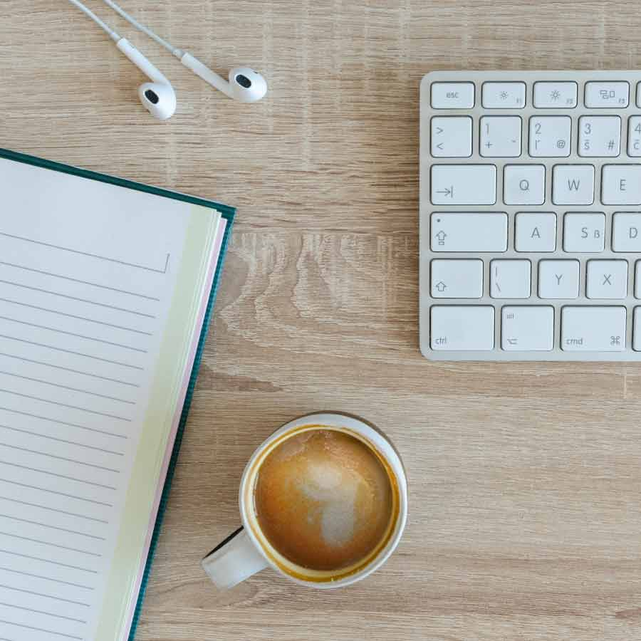 The Best WFH Desk for an Insta-worthy Home Office
