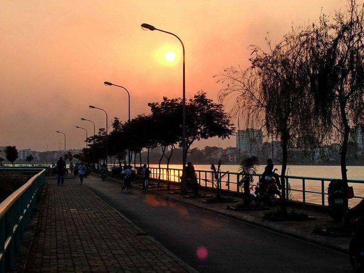 Korean Dock-Hanoi-nightlife
