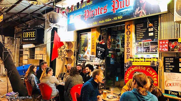 king-pirates-pub-hanoi-nightlife