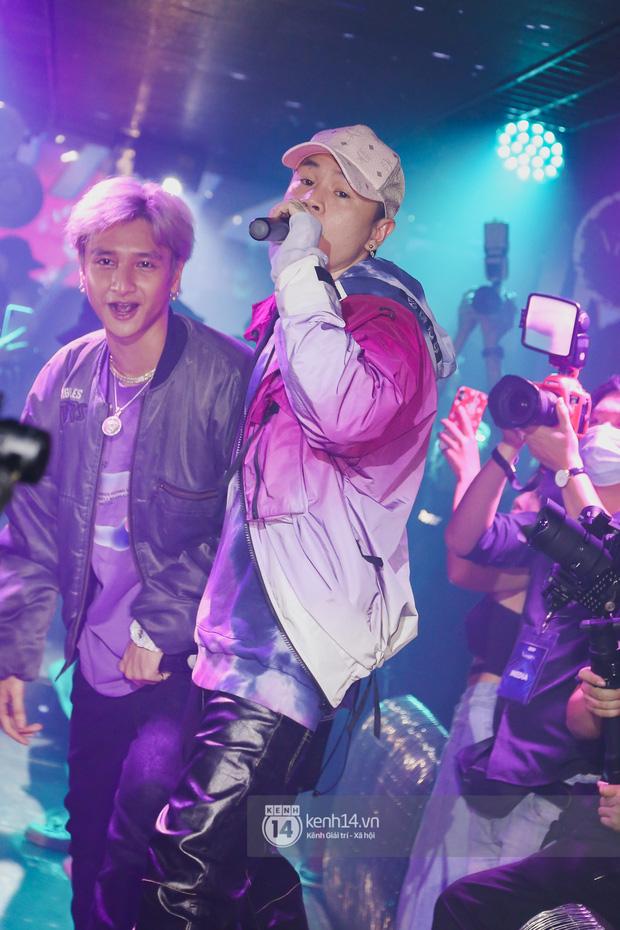 1 ngày sau khi bị loại, Binz rủ rê 16 Typh cùng rap Bigcityboi trên sân khấu, nguyên dàn thí sinh Rap Việt bất ngờ đến chung vui! - Ảnh 18.