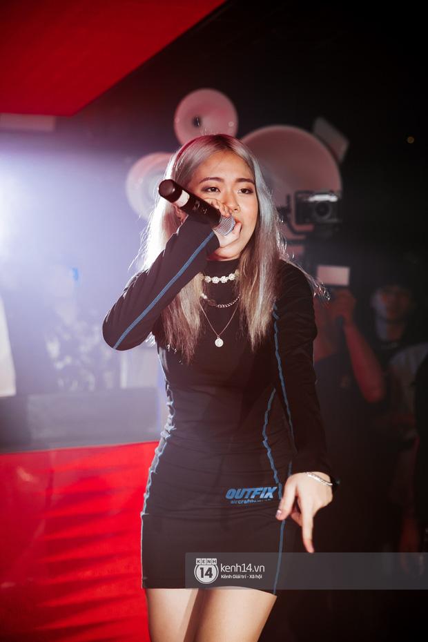 Trước ngày chiến nhau tại Rap Việt, MCK và TLinh diễn chung siêu ngọt ngào, một thí sinh team Binz bất ngờ xuất hiện collab! - Ảnh 8.