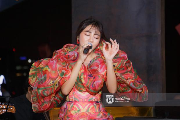 Văn Mai Hương quên lời tai hại khi trình diễn hit của Lady Gaga và cái kết nổi da gà, tự tin bắn rap rất gì và này nọ - Ảnh 3.