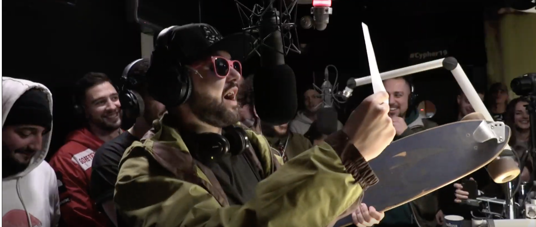 MC ONE: Random Typ sneaked sich an den Cypher