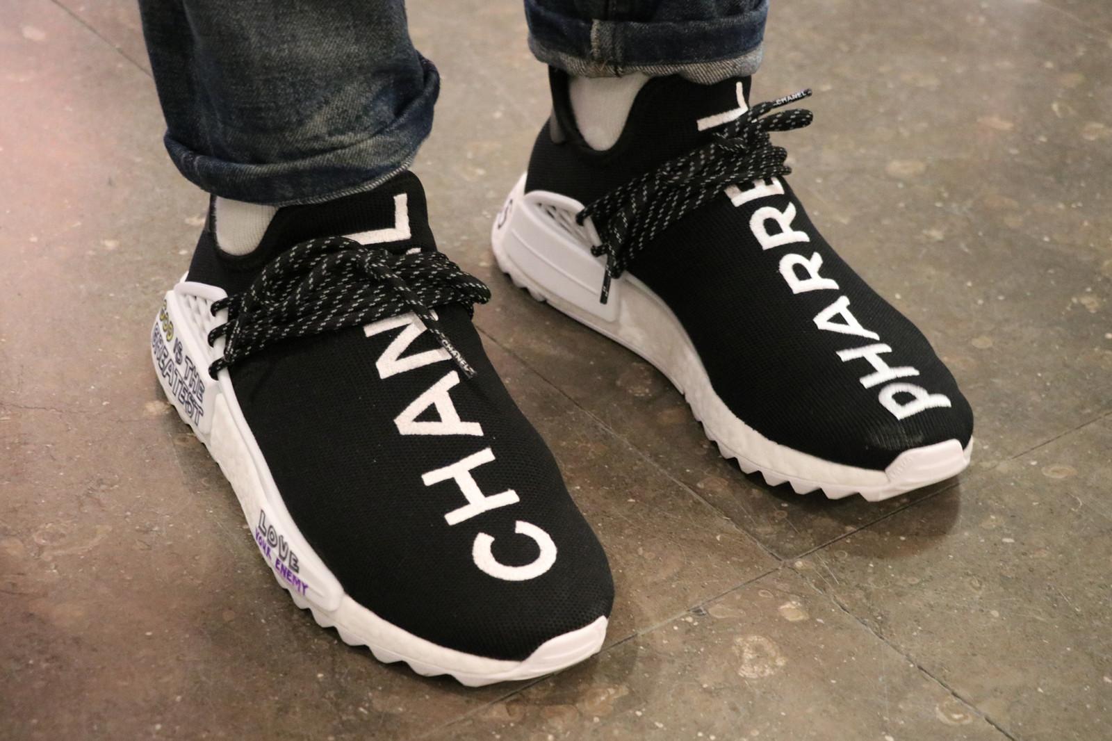 Seine Kollaboration mit Adidas und Chanel wird momentan für 6'500 CHF gehandelt