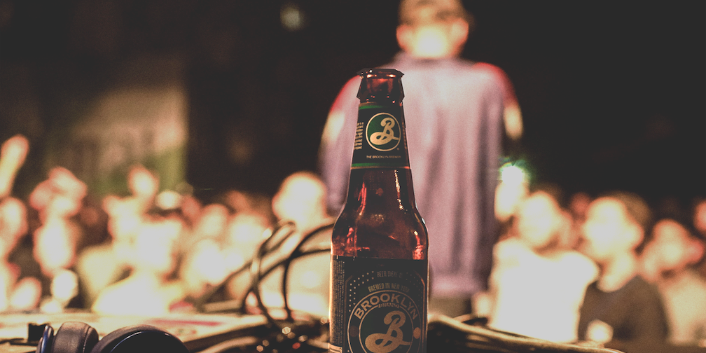 WIN! Brooklyn Brewery schickt 20 Fans ans LYRICS Festival 2020