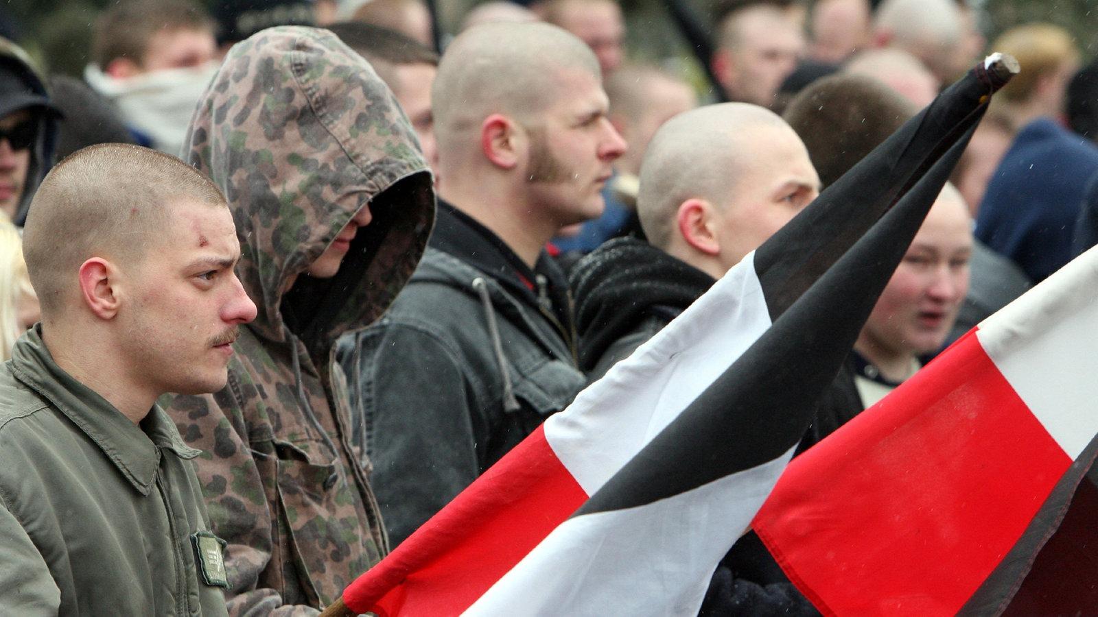 Nazis bedienen sich zur Rekrutierung vermehrt bei der HipHop-Kultur