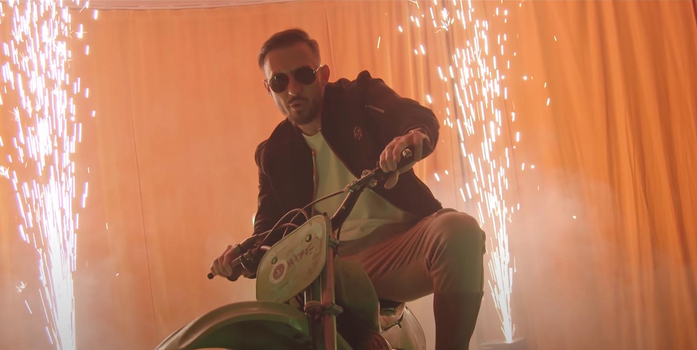Nati-Stürmer Drmic spaltet die Meinungen mit seinem zweiten Song