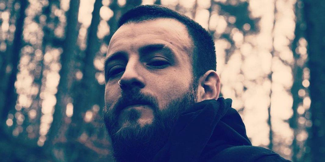 Zwischen Metal und Rap: BEAR wandelt auf den Spuren von Scarlxrd